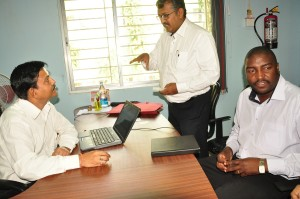 CEO, FARA, UGANDA & ICRISAT official in a meeting with the director at our office