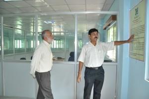 Director, Sudharma is describing the activity to Director General, ICAR
