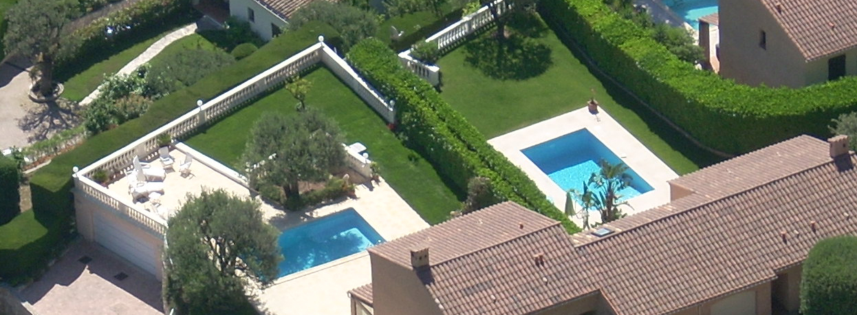 Roof top lawn and swimming pool